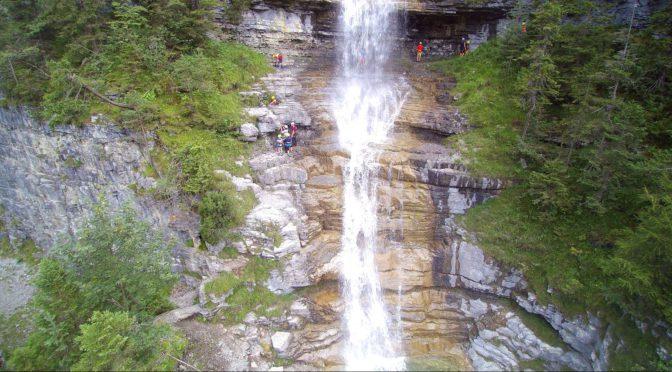 Klettern am Häselgöhr Wasserfall – DAS Actionerlebnis für Groß und Klein in der Tiroler Zugspitzarena